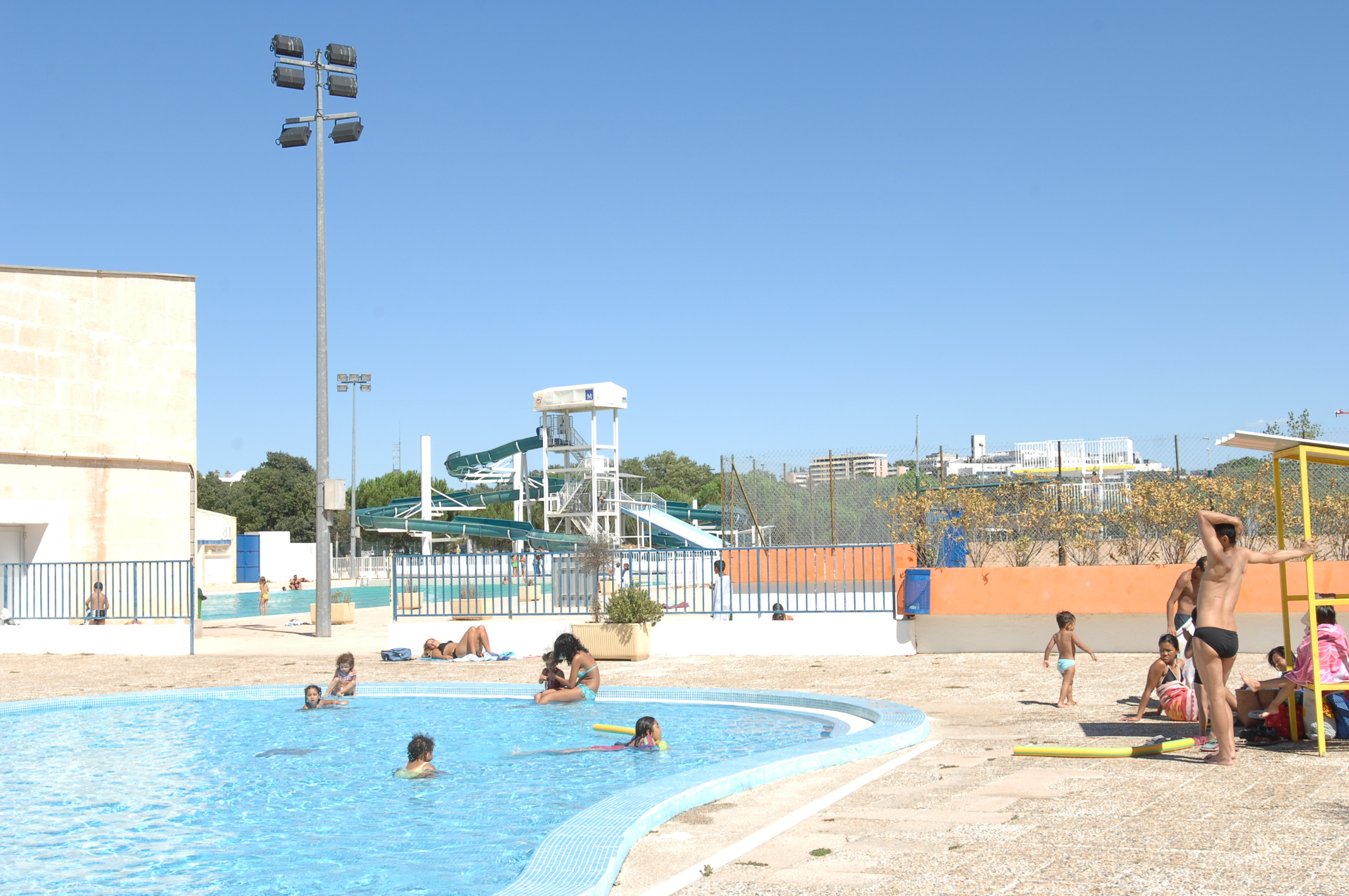Centre nautique neptune montpellier m diterran e m tropole for Piscine montpellier