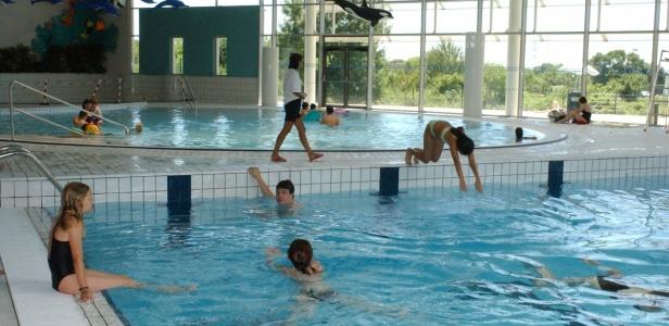 La piscine amphitrite saint jean de v das for Piscine amphitrite