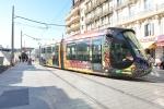 Vue d'un tram aux abords de la gare de Montpellier