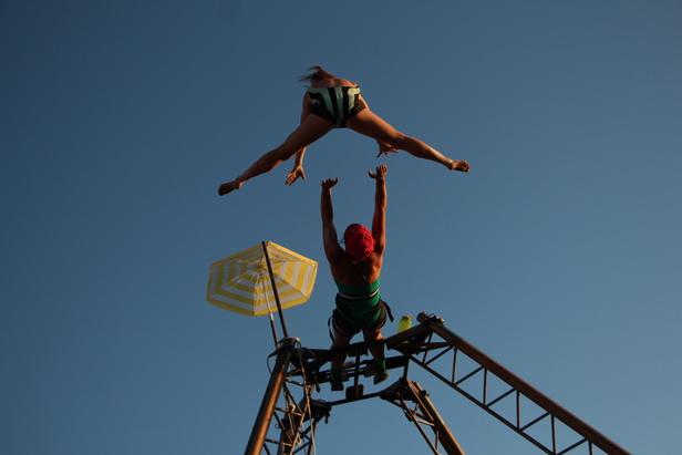 SOIREE PARTAGEE : GRAVIR – Cie Les quat fers en l'air / 8ème JOUR - La Mob à Sisyphe