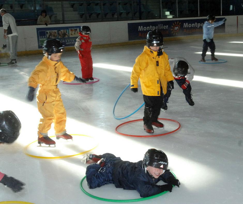 Vacances scolaires : patinoire et piscines ouvertes aux enfants